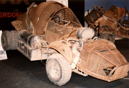 http://www.madmaxmovies.com/mad-max-beyond-thunderdome/cars-and-vehicles/sydney-and-melbourne-motor-show/gordon-hayes-melbourne/pappagallo-lone-wolf-mad-max-3.jpg